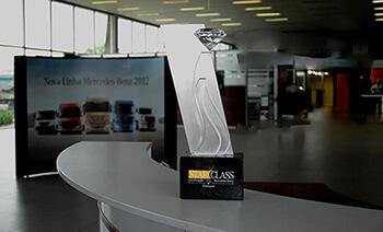 Programa de Certificação StarClass Mercedes-Benz 2012 Rio Diesel Concessionário Classificação Diamante - troféu